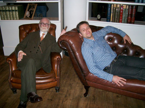 auf der Couch von Sigmund Freud :-)