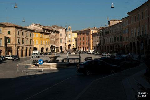 Piazza del Popolo in San Severino