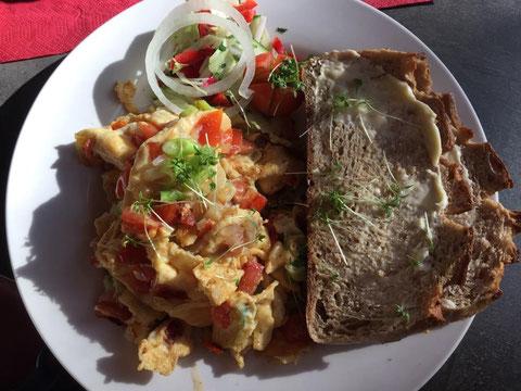 """Frühstück im """"van Wachtel"""" im Golfclub Berlin-Prenden"""