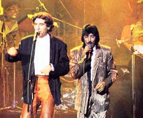 JEROS Y JOAQUIN SABINA EN EL DIRECTO DE LA SALA JACARA EN 1989