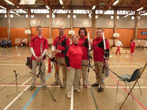 Équipe 2011 Vice-Championne de Ligue - Guillaume, Frédéric, Martine (coach), Sébastien et Emmanuel.