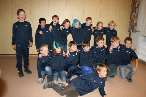 Weihnachtsfeier 2012 - Neue Teamshirts vom Nikolaus