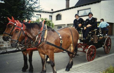 Historischer Spritzenwagen von 1906