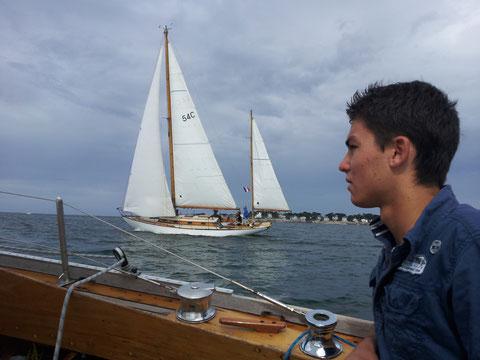 Lendemain de régate. On reprends la mer pour le convoyage retour vers le Golfe du Morbihan, en compagnie de Pangur Ban.