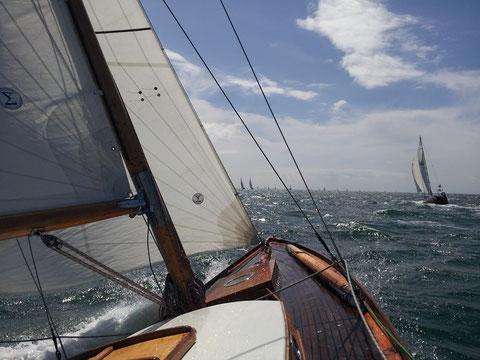 Just Pure à 7 noeuds dans une manche de la semaine du Golfe 2013