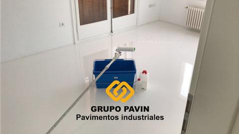 Suelos y pavimentos industriales de resinas continuos en Barcelona para cosméticas