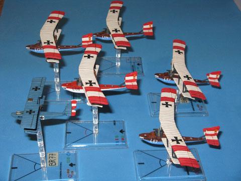 Gli aerei della Seeflugstation Triest in volo sull'Adriatico.