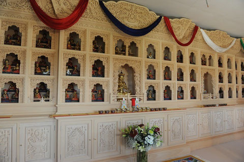 Le Temple, en cours de finition.