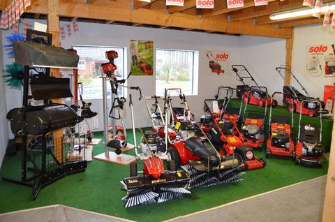 Solo Rasenmäher und Tielbürger Kehrmaschinen
