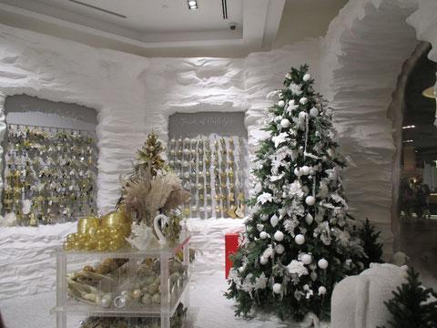 Ganzjährig geöffnetes Weihnachtsgeschäft in der Dubai Mall