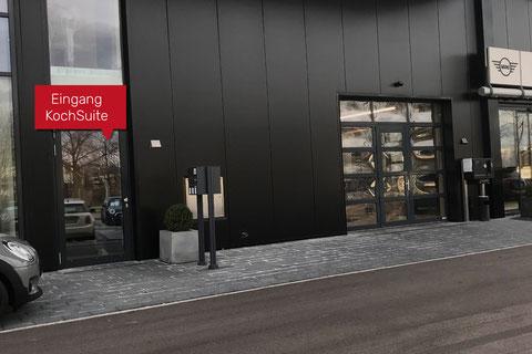 Eingang KochSuite Freiburg beim Mini-Zentrum im Autohaus Märtin