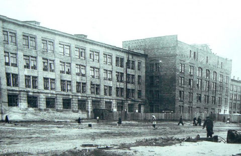 1944г. Строительство главного здания МЭИ