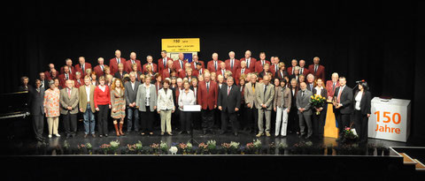 Männerchor und Ehrengäste