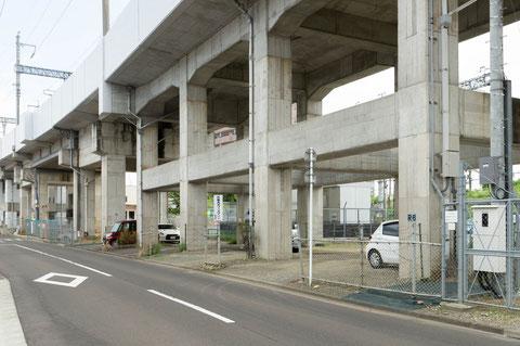本社駐車場