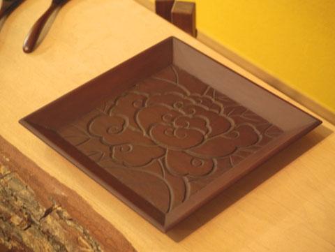鎌倉彫|角盆 ぼたん