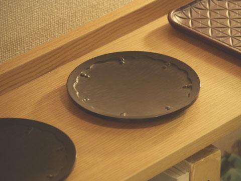鎌倉彫|鎌倉漆工房いいざさ|雪だるま