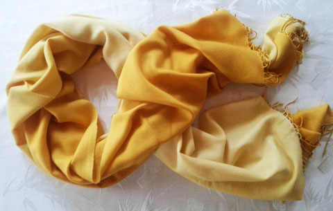 Flauschige Kaschmir Stola, Schal in großzügigem XL-Format, gelb, Farbverlauf