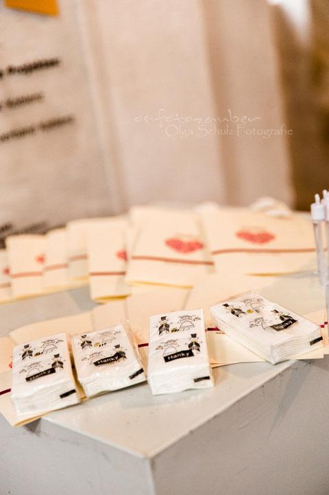 Hochzeitsmotive, Details, kirchliche Trauung, Ehrenbreitstein, Heiraten in Koblenz, Fotografin Koblenz, Fotograf Koblenz, Traumhochzeit, kreative Hochzeitsideen, Hochzeitsreportage