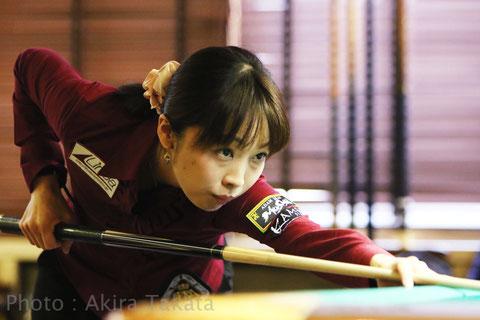 Tomoko Kubota   Photo : Akira TAKATA