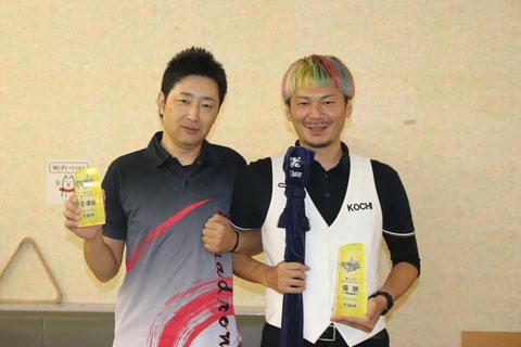 ファイナリスト。右が優勝の山本選手、左が2位の小手選手 Photo : JAPA