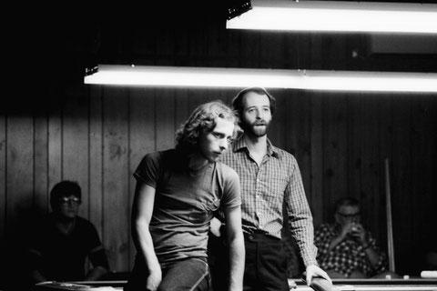 『1982 Dayton 9-Ball Open』。ストリックランド(左)、シーゲル(右)