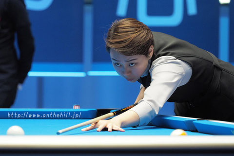 Si-Ming Chen won 2017 Amway eSpring International women 9-Ball Championship Photo :  On the hill !