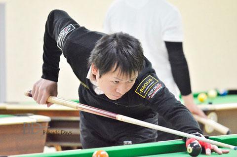 赤狩山幸男(Yukio Akagariyama)