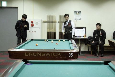 ↑決勝戦の様子 Photo : 東京ポケットビリヤード連盟