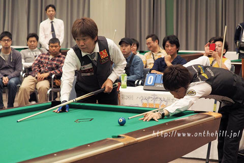 Hayato Hijikata (right) won 2016 Huis Ten Bosch Kyushu Open Photo :  On the hill !