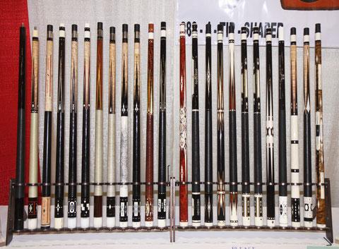 名品がずらりと並ぶブースにて(2010年)