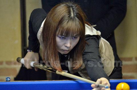 韓国トップの李信詠