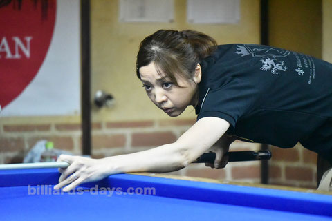 優勝:界文子 Ayako Sakai won 18th Ladies 3-cushion Adam Emerald Cup
