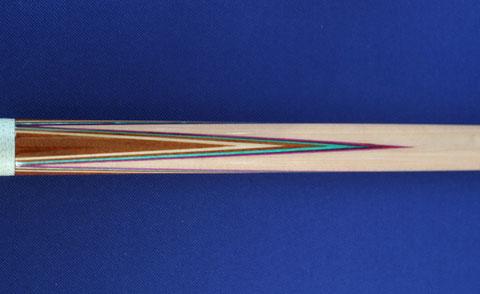 ブランズウィック社の伝統配色。ベニヤは外側から【紫・ 青緑(ティール)・ 茶(マホガニー)・ ナチュラル】