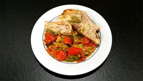 assiette de porcelet grillé ratatouille maison