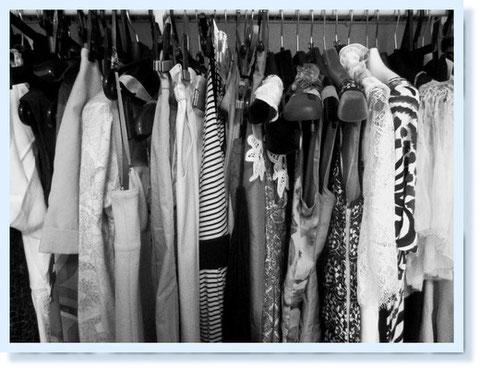my closet。ハイクラスのものもミドルクラスのものも、古着もみんなこのなかではブランドものに変身(笑)ーなんてことないTシャツもジルサンダーになっちゃう魔法の空間(笑)!