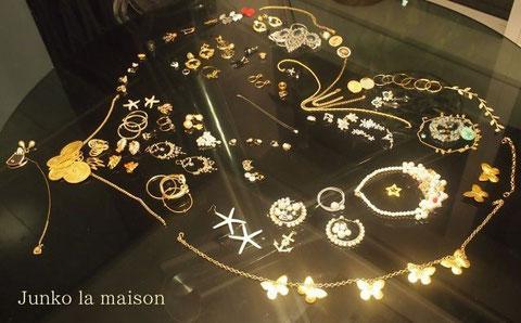 jewelryでミノッティ-のテーブルに気ままお絵かき^^