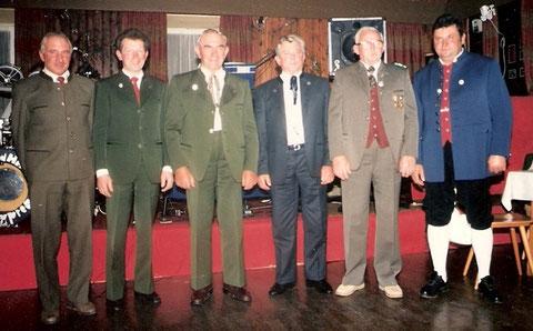 Gründer des Fuchstalpokalschießens beim 25. jährigen Jubiläum 1987