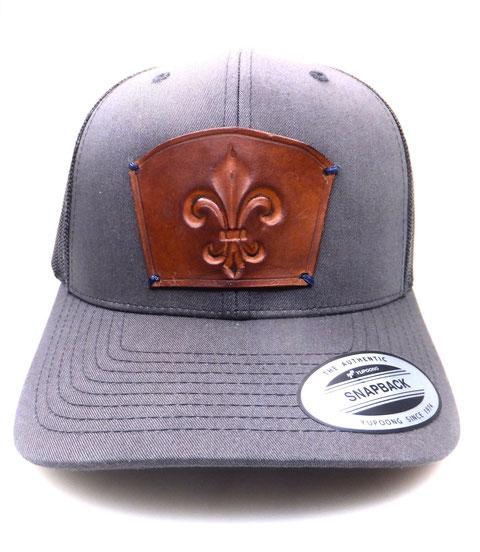 individuelle handgefertigte Lederpatches für Deine Cap