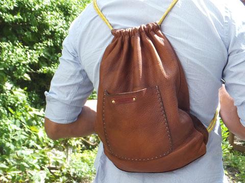 Rucksack handgenäht aus weichem Leder Tampen