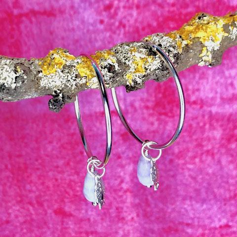 Silbercreole mit Blatt und Tropfenanhänger