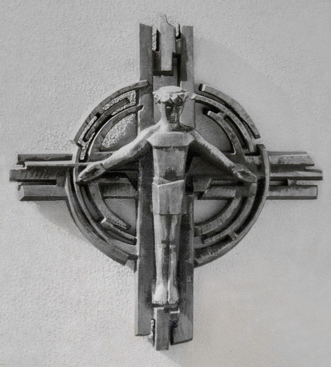 Altarkreuz (Bronze, 1967), kath. Kirche Christus König, Langenfeld (Rheinl.)