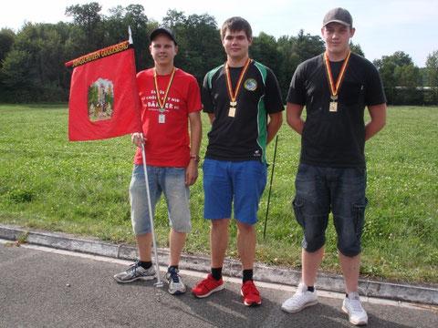 V.l.n.r.: Patrik, MSG Guggisberg (136 Punkte); Adrian, SG Rüti b. Riggisberg (139); Janik (134)