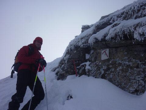Skitour, Lauiberg, Skidepot, Fussaufstieg, Gipfelanstieg, Pickel
