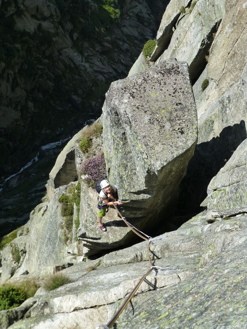7. Seillänge, Alpenliebe, Teufelstalwand, klettern, Andermatt