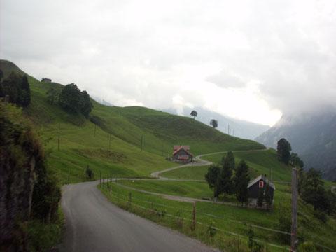 Abfahrt ins Muotatal