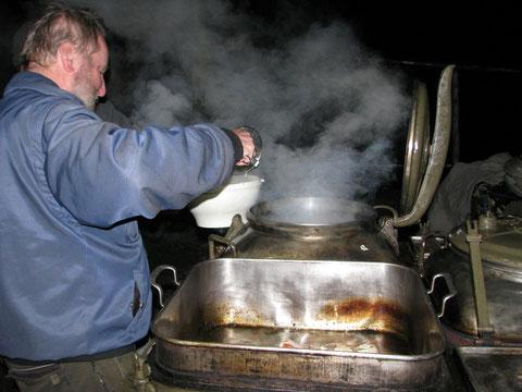 Probekochen: Es gibt Nudeln und Steaks
