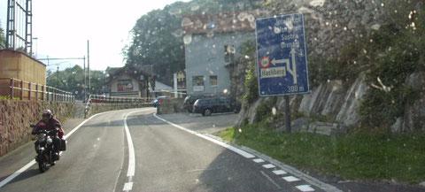 kurz vor Brünigpass mit 1006m in Richtung Meiringen im Aaretal