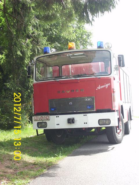 ehemaliges Fahrzeug der Feuerwehr  Zuzgen im Aargau in der Schweiz