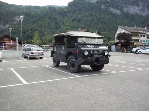 in Meiringen auf dem Parkplatz vor unserer Unterkunft - ehemalige Jugendherberge