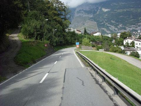 CHUR - Abfahrt von Valbella kommend